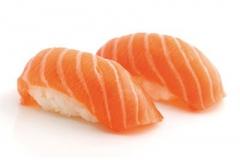 801, 2 sushi de saumon